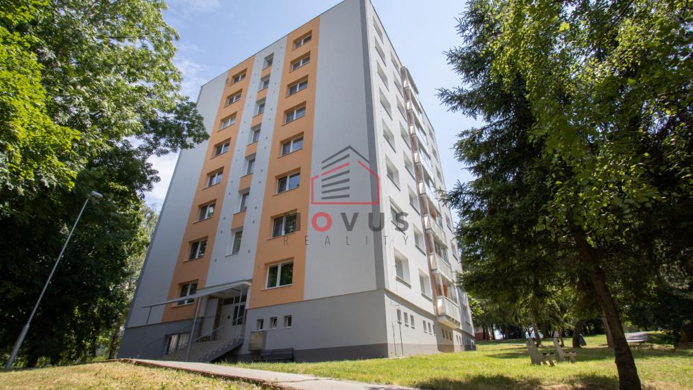 --PREDANÉ-- Na predaj 3 izbový byt, 68m2, Pod Hájom, Dubnica nad Váhom